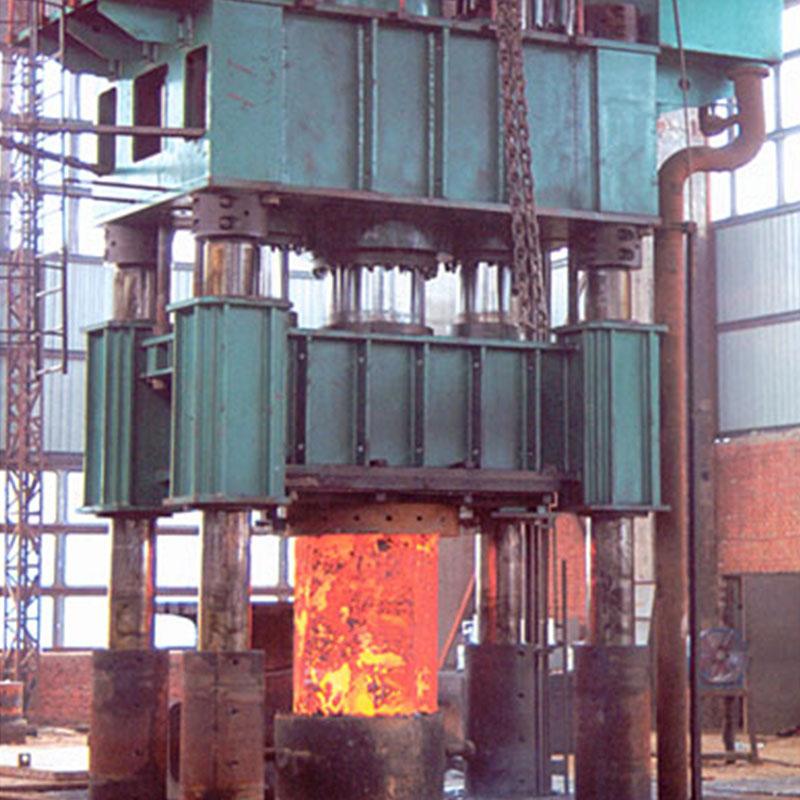 四柱2000T液压机